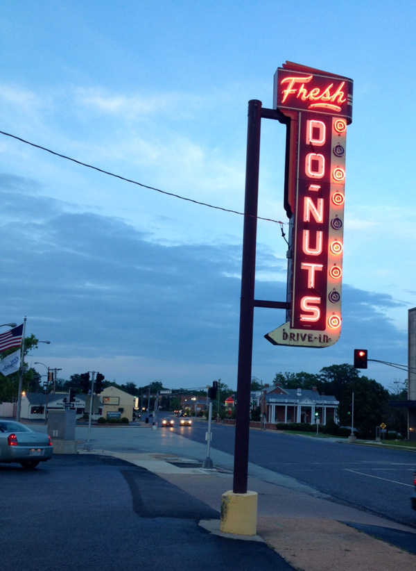 Donut Drive-In St. Louis